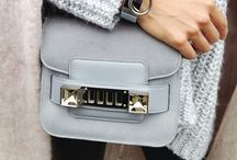 Bags & purses / by Anique Bleumink