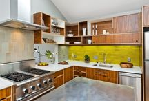 Modern Kitchen / Mid-century modern house kitchen remodel ideas. For my 2014 project!