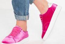 Zalando ♥ Zapatillas a todo color / El must have de la temporada. Añade alegría a tu look deportivo y encuentra el par que va contigo.