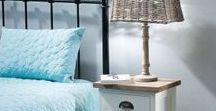 Möbel / Unsere exklusive Auswahl an Möbeln beinhaltet viele verschiedene Einrichtungsstile - vom klassischen englischen Landhausstil bis zum maritimen Hampton-Stil ist alles dabei.    Entdecke das komplette Sortiment und unsere aktuellen Aktionen!