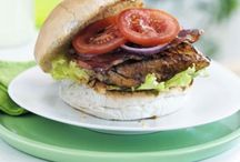 Summer BBQ / Recipes, activities and decorations to make your BBQ a summer sizzler!