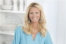 "Sandra Lee Recipes / Sandra Lee is an American television chef on the Food Network and cookbook author. She is known for her ""Semi-Homemade"" cooking concept, which Lee describes as using 70 percent pre-packaged products and 30 percent fresh items."