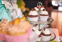 "Party? Wedding? Birthday? Congrats! You have found us! /  Cupcaketime.cz offers wedding or any other type of event ""sweet table"" catering service. We can arrange decorations for the ""sweet table"" and it's background. We will create design for you to make your special day unique and bright."