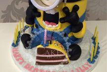 Minions / Die Pinnwand für alle Minion Fans: Minion-Kuchen, Minion-Bügelperlen, Minion-Kürbisse und vieles mehr...:-) #minions
