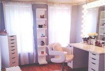 HOME - MAKE-UP Room