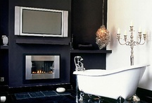 The Cozy Bathroom / Who knew you could do something like this with a bathroom?