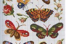 motýlí výšivka / křížková výšivka