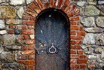 DOORS / Doors to die for
