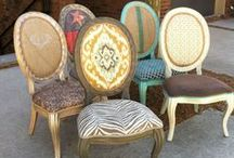 FURNITURE / COUCHES, TABLES AND TRINKETS