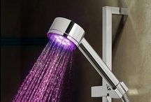 Shower Heads / The shower head you choose for your bathroom can be as luxurious in design and function as you require. View our range of designer shower heads for the ultimate in bathroom luxury.