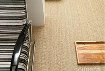 Cunera & zeegras tapijt / Een tapijt met een ambachtelijk design. Met deze vloer haalt u de natuur pur sang in huis. Ideaal voor in een natuurlijk interieur.