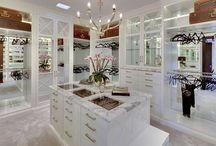 Closets / Luxury Closets