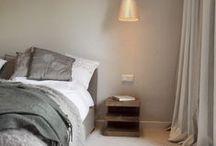 Do's Interiors | Project - Chambre Nouvelle / De bovenverdieping van dit jaren 30 huis kreeg een complete renovatie van de ouder slaapkamer. Twee slaapkamers werden veranderd in een inloop- en kleedruimte met aangrenzende badkamer. De uitstraling is modern maar toch luchtig en sfeervol. Een hotelkamer in St. Tropez!