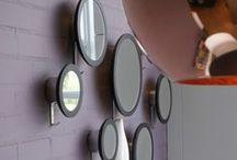 Do's Interiors | Project - Kapper Roland / Herenkapper Roland kreeg de mogelijkheid tot uitbreiding van zijn salon en startte een damessalon aan de andere kant. De ronde vormen en zachte kleurstelling vormen de ingrediënten van dit vrouwelijke interieur. De materialen koper en brons geven het geheel een kleine retro touch.