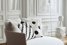 MODERN INTERIORS WITH ANTIQUES / Home and decor