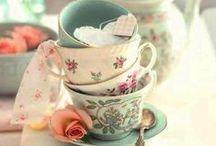 Bögrék,csészék,poharak