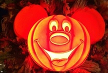Mickey's Halloween / Tips for all the Halloween Happenings at Walt Disney World: Mickey's Not-So-Scary Halloween Party, characters, food, decorations, parades, shows ... and so much more!  Be sure to check out all our Disney World tips at https://www.pinterest.com/greatwdwtips/.
