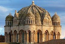 España & Portugal / I love the architecture, the landscape, and the history.