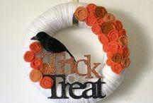 HALLOWEEN WREATHS IDEAS / Halloween wreath ideas, DIY wreaths