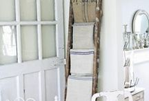 Shabby Chic / Little bit of old.