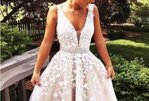 Wedding dresses / How beautiful are all of these dresses