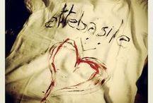 T-shirt hand painted. / T-Shirt dipinte a mano da me.