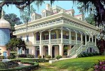 Famous Southern Historic Homes / All of these Florida, Alabama, Georgia, Tennessee, South Carolina  and North Carolina houses are either on the National Register of Historic Places or a state historical site in their home state.    / by Melinda Cowan