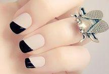 Nails / by Ricarda Fatone