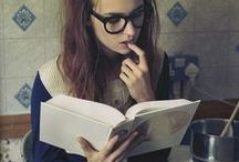 Women and Books / There's something sexy about a woman who reads