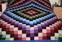 Quilt Patterns / ideals for quilt blocks or pattern tutorials / by Barbara Dodd
