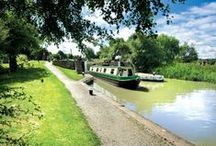 Narrowboat Holiday Hire /  Calcutt Boats have been at the forefront of providing high quality canal boat holidays since 1973.  One of the keys to our enduring success is undoubtedly our location in the heart of Warwickshire. Of course the warm welcome, friendly customer service and helpful staff might also have something to do with it! With a range of reliable, high quality narrowboats we have been helping couples, families and friends make fabulous holiday memories for over 40 years... come and join in the fun!