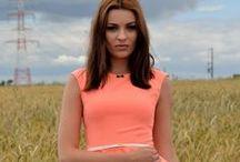 Kolekcja Besima Fashion / Sentencja odzieży damskiej Besima, wybrane propozycje z kolekcji i z własnej sesji fotograficznej dla sklepu. Możesz tutaj znaleźć wszystko od bluzek, spódnic, poprzez marynarki i sukienki. http://besima.pl