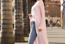 Street fashion - Moda z ulicy / Propozycje Besima są często prezentowane w sposób jak faktycznie na co dzień są noszone. Stąd też sukienki, tuniki, bluzki, kurtki czy spódnice są przedstawione w mieście. http://besima.pl