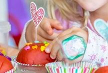 Pretend Play Activities for Kids / Pretend Play Ideas for Kids. Includes imaginative play, small worlds, dressing up, story baskets and role play ideas for toddlers, preschoolers and older kids.