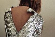 Silver | Zilver | Métallique / Stralen mag en daarom kan een beetje zilver in het leven geen kwaad. Kijk hier naar onze interpretatie van de zilver trend.