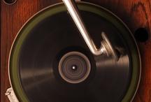 vinyl & turntablism. / by Tim Schroeder