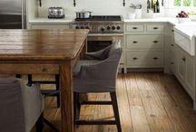 Kitchen / by Olivia