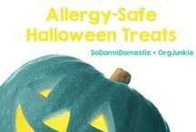 Teal Pumpkin Ideas / Raising awareness of food allergies and promoting inclusion of all trick-or-treaters throughout the Halloween season.