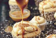 Recipes: Cake / Cheese, cup, ball, pop, and full sized varieties. Decorating tips, inspiration.