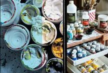 All about mediums / The broadest range of acrylic mediums to inspire creativity at every stage of the painting process