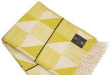 FUNKLE - Gullfuglen blanket with fringes - OLIVE