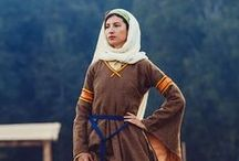 12th century CLOTHING