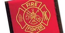 Firefighter Gift Ideas / Need a gift idea for the firefighter in your life? Or your crew? Or a banquet? Look no further, here are the best gifts for the firefighters in your life!