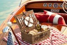 A Picnic by the Sea / The crisp fall days make eating outdoors a real treat.