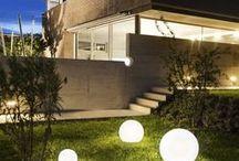 Dekoratív világítás kültéren / Egyszerű, de nagyon dekorítív kültéri világítás, mely különleges hangulatot teremt.