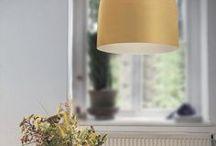 Az ősz színei / Az őszi színek a lakberendezésben nagyon kedvelt árnyalatok, hiszen otthonos, meleg hangulatot árasztanak.