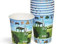 Farm Birthday Party Ideas / Party supplies, cake inspiration and more.