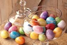 Festive - Easter / by Fabiana Tato-Ermenyi