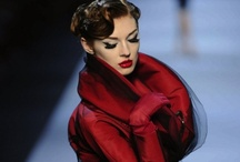 On the Catwalk / Divine Fashion Inspiration from the designers we adore - straight from the catwalk!
