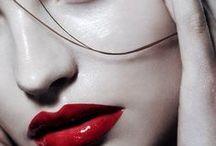 Red, red lips - Vörös ajkak